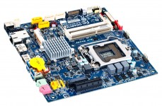 Gigabyte Mini-ITX H77TN Motherboard_2